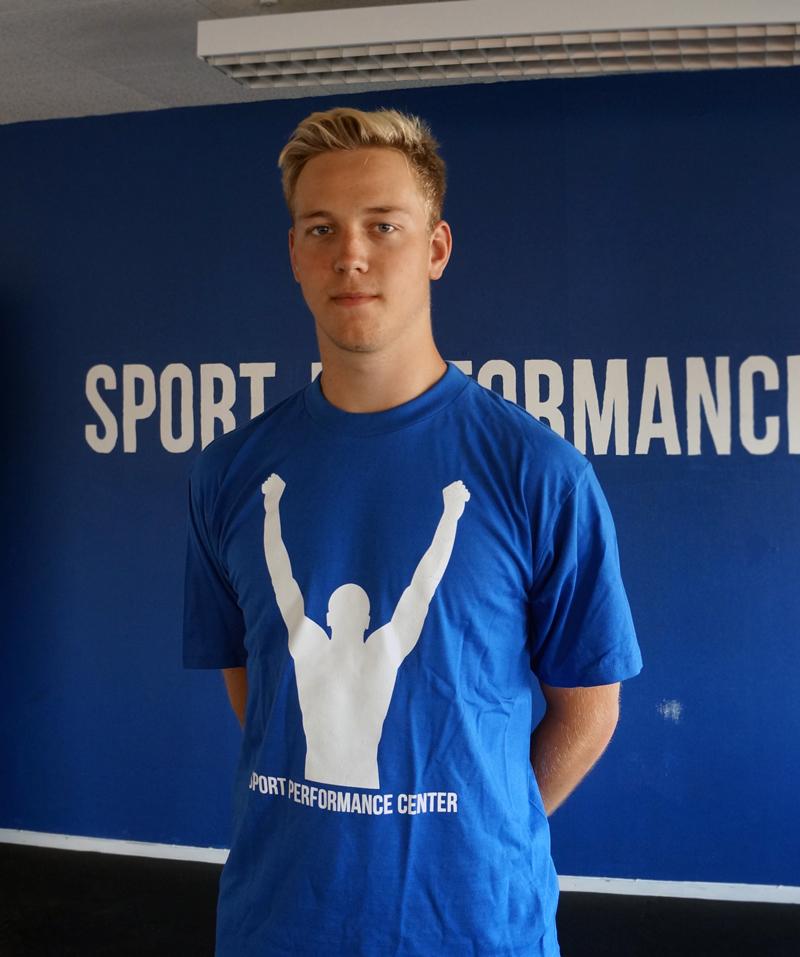 Andreas Brinck volleyboll volley ball vingåker katrineholm västerås pt personlig träning sponsrad personlig tränare västmanland sport sisu idrottsförbund