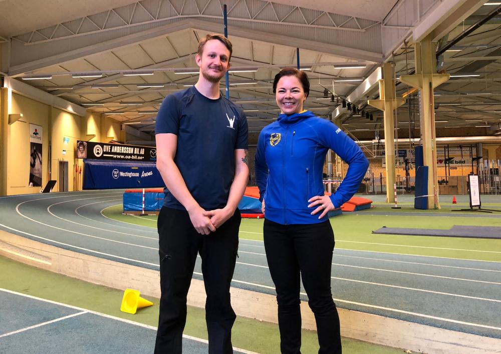 personliga tränaren Patrick rapp tillsammans med Västerås Friidrottsklubbs ordföranden Patrizia Strandman